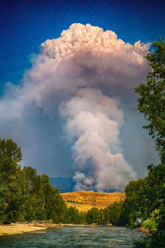July 17th 2014 Carlton Complex Plume Wildfire Art by Omaste Witkowski owFotoGrafik.com
