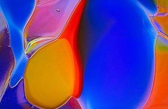 Penguins Abstract Macro Glass Photography by Omaste Witkowski owFotoGrafik.com